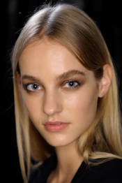 roberto-cavalli-ss15-beauty-look-by-pat-mxgrath-and-max-factor
